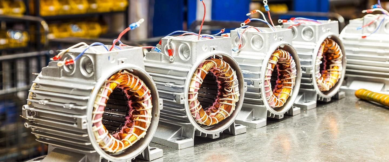 Стандартни мотори